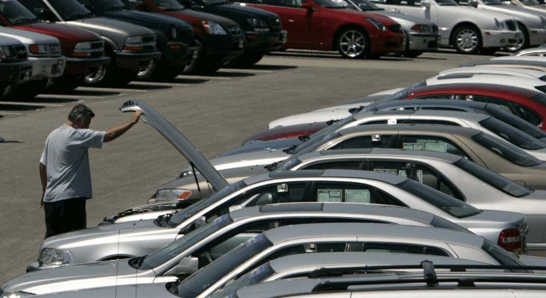 looking-at-used-cars